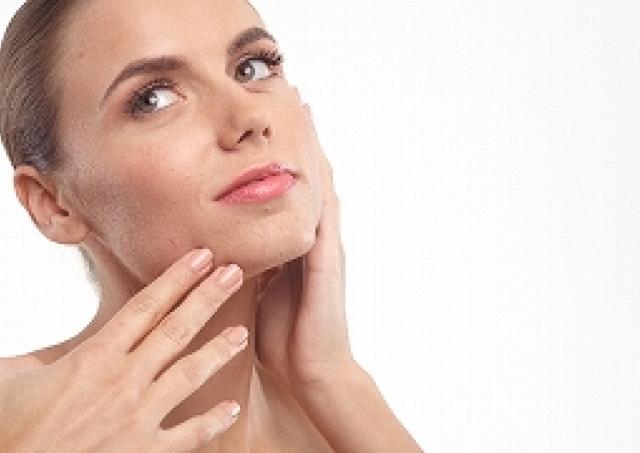 肌の不調は「菌」のせい? 世界初「美肌菌ドック」で自分の肌を知る