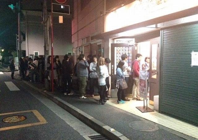 吉祥寺の深夜しか開かないドーナツ屋 営業開始を20時に前倒しへ