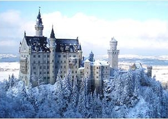 まるで「アナ雪」の世界! 冬だからこそ行きたい世界の絶景10選