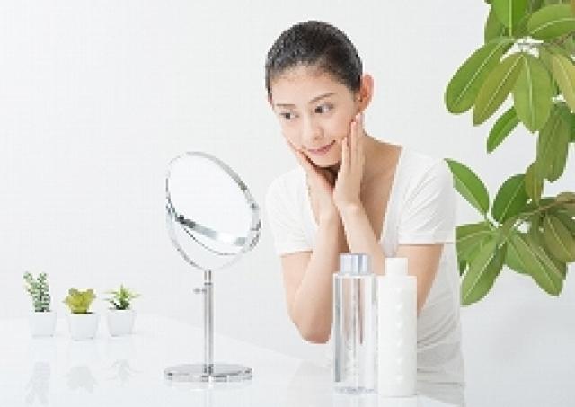 スキンケアの効きが悪いと感じたら試してみて!化粧水の浸透を高めるコツ
