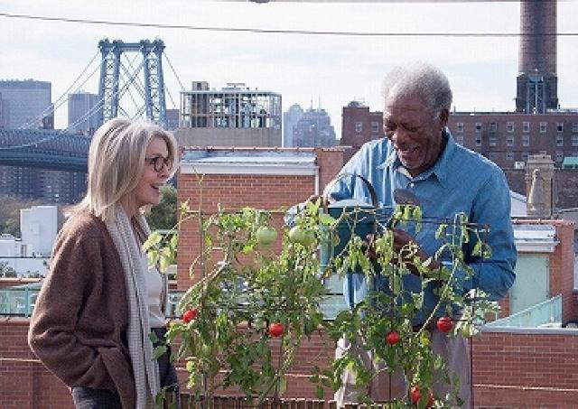映画「ニューヨーク 眺めのいい部屋売ります」/老夫婦に最上階までの階段は少々キツイのです