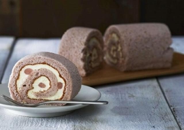ルタオから桜もちを超える「桜スイーツ」 春香る上品ロールケーキ