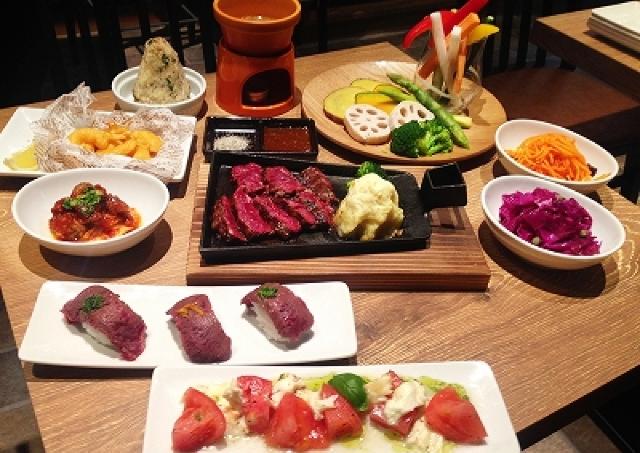 近江牛を1380円から楽しめる 京都・烏丸御池に肉料理とワインを楽しめる肉バルが新規オープン