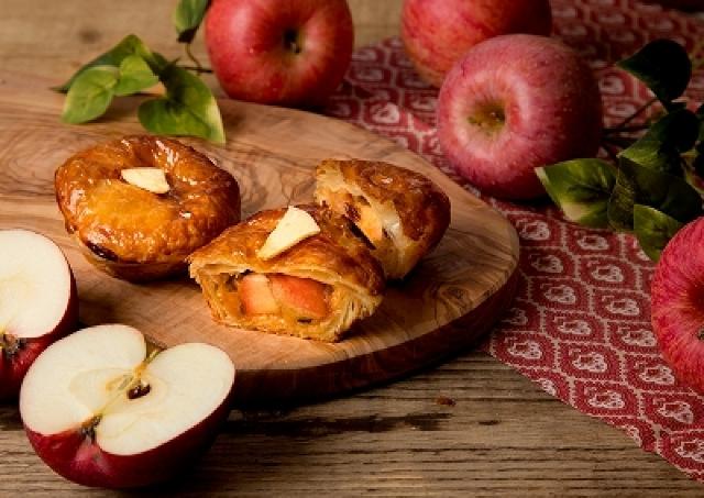 紅玉リンゴの旨みがぎゅーーっと!つまった究極のアップルパイ降臨