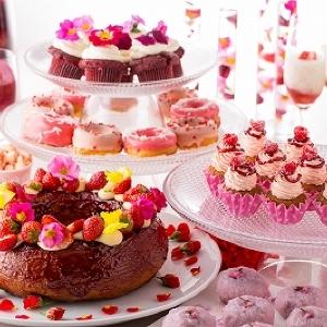 赤いデザートが季節を彩る「春のフラワーガーデン デザートブッフェ」ヒルトン小田原で開催