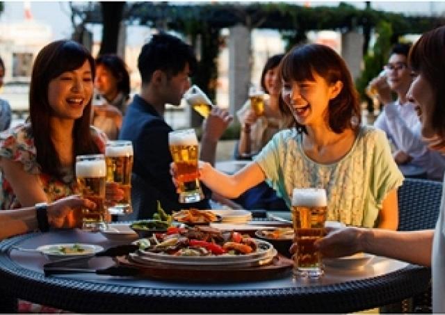 豪快ジンギスカンでグイッといこう! 第一ホテル東京シーフォートのテラスで楽しむビアガーデン