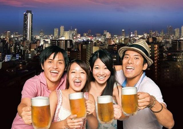 神戸の夜景が広がロケーションで最高のビアガーデン