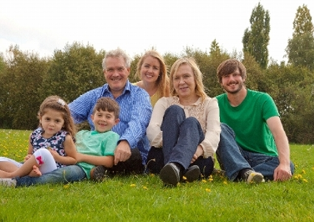 結婚してほしい親たち 生活のため、孫のため、そして家系のため――