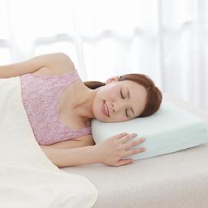 横向きで眠る「ヨコムキーネ」さんのための「枕」登場