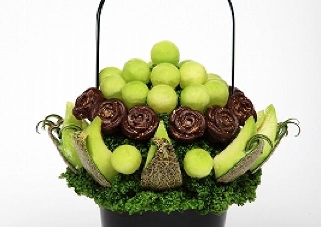 SNSで話題 まるで鉢植えフラワーみたいな「フルーツブーケ」に夏の新作登場