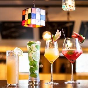 50種の日本酒と日本酒カクテルが飲み放題 新橋に聖地現る!