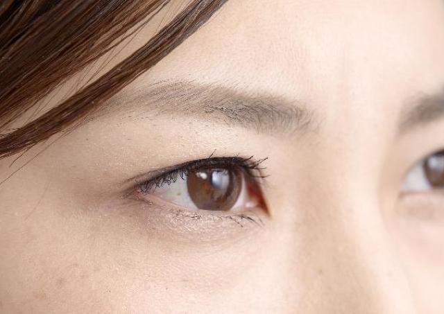 目のアンチエイジング 澄んだ白目をキープするために今日からできること