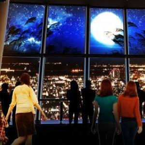 夜景評論家がスカイツリーの夜景をプロデュース 映像&音で迫力の演出