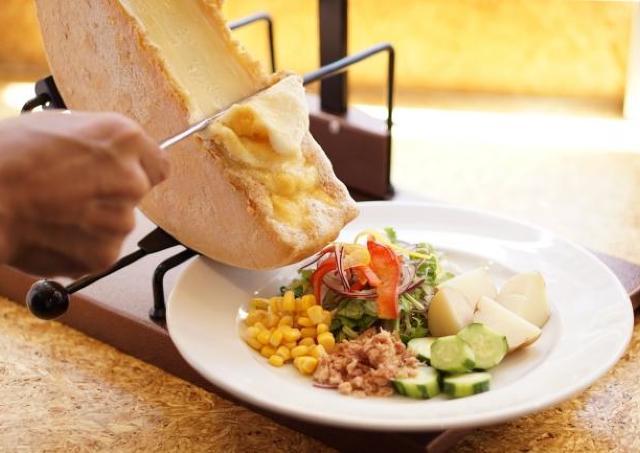 とろ~りラクレットチーズが無料に 西新宿のC by favyで新キャンペーン