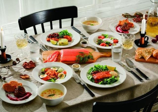 イケアでサーモンづくしのコース料理を堪能 「サーモンフェア」開催