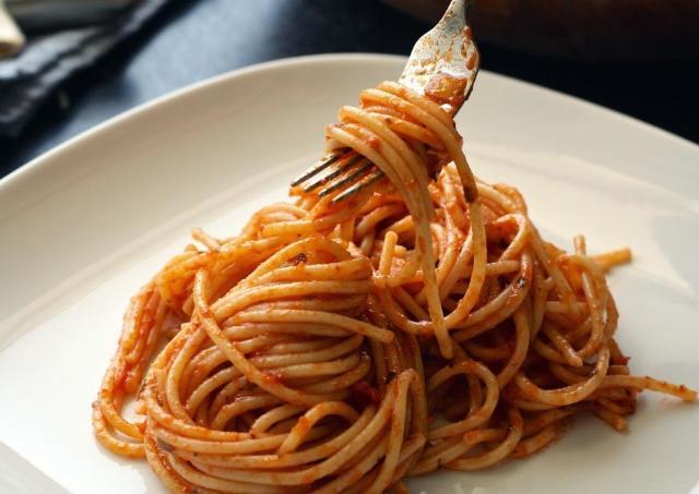 【朗報】「パスタは太る」は誤解だった むしろ食べたほうが痩せるらしい