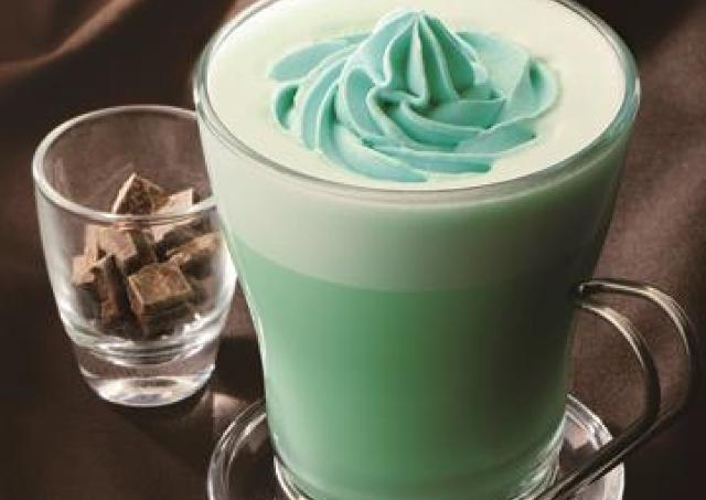 ホットでもアイスでも「ミントチョコ」 カフェ・ド・クリエのミント色ドリンク