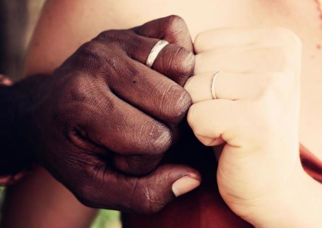 ある夫婦の結婚指輪がSNSで話題 ジョーシキなんて吹き飛ばせ!