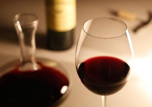 一生美しく楽しく呑めるために 老けないためのお酒との付き合い方
