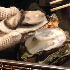 Lサイズの「焼き牡蠣」1980円で食べ放題! 六本木・オホーツク丸でまたまたカキ祭り