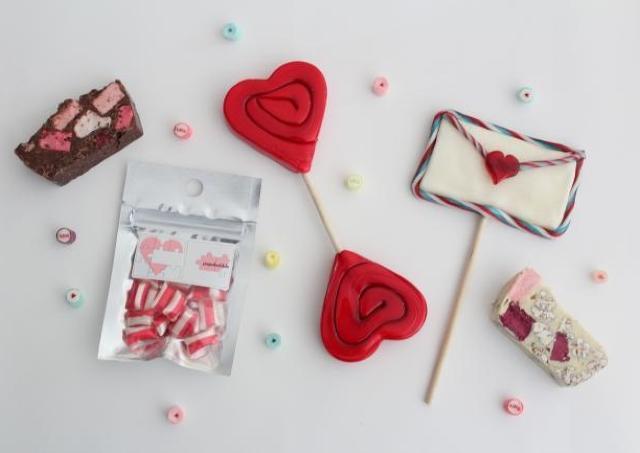 「パパブブレ」から17層のバレンタインキャンディ プチギフトにぴったり!