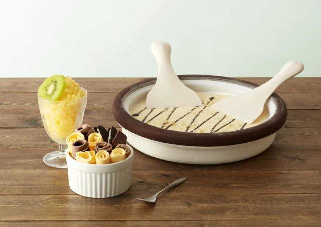 おもしろい! 海外で人気の「アイスクリームロール」を自宅で作れちゃう最新キット