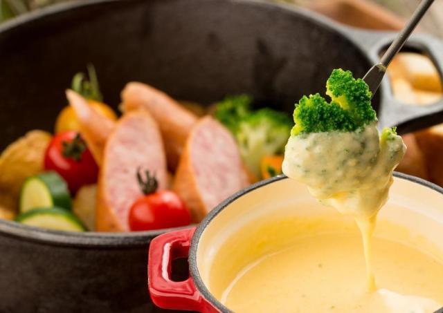 渋谷でチーズフォンデュが980円食べ放題! 女子会にいかが?