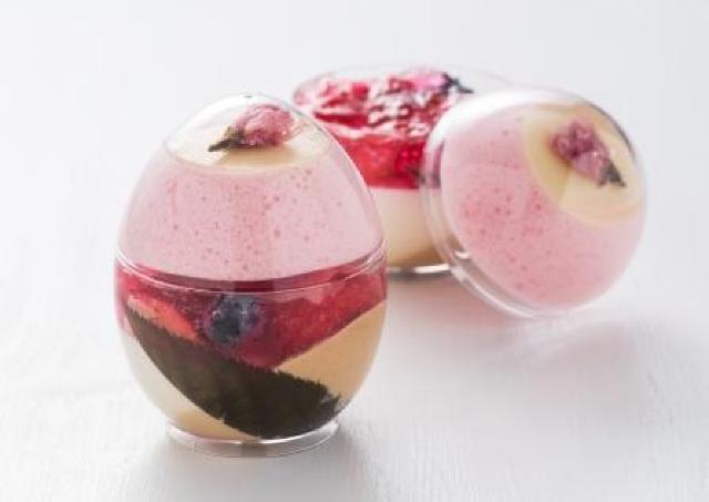 桜の泡ジュレですと...!? かわいい「桜エッグ」が東京マリオネットホテルに登場