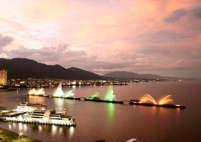 地上50mから琵琶湖を眺める ホテル屋上に2つの絶景レストラン