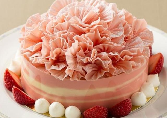 母の日に感謝を伝えるホテルメイドのケーキ予約開始!