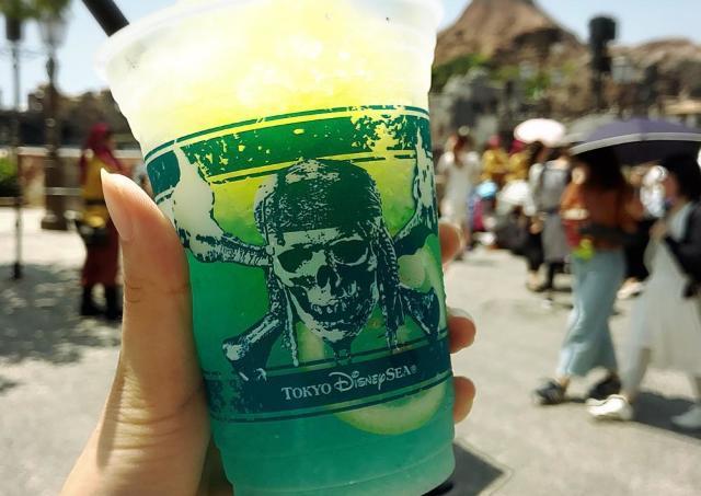 【夏ディズニー】TDSのフローズンカクテルは絶対! 押さえておきたい限定グルメ