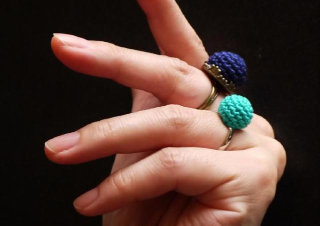 スイーツセットを楽しみながら「ニット指輪」編むワークショップ
