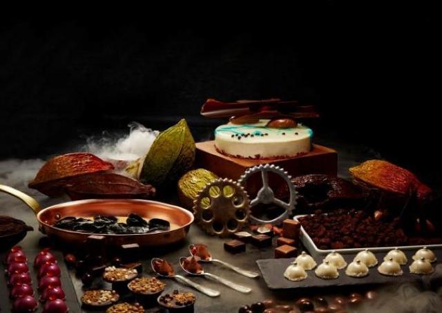 テーマは「チョコレートの工場」 リッツ・カールトンでチョコ尽くしブッフェ