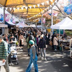 アンティーク雑貨やグルメが集結!  人気イベント「東京蚤の市」