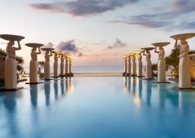 一度は訪れたい! 高級ホテル&リゾート「ムリア」に世界権威の旅行誌が太鼓判