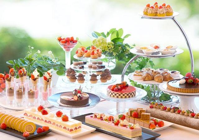 いちごとチョコの豪華なコラボ 「苺スイーツブフェ~ショコラとの饗宴」