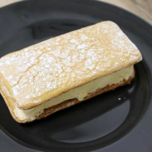 セブンの「キャラメルナッツケーキサンド」、ケーキ感のすごさが話題に