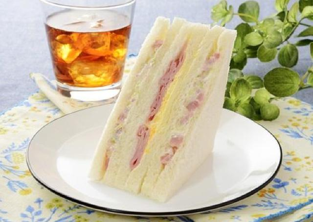 ローソンの人気サンドイッチ、今だけ具材が増量されてるよ~!