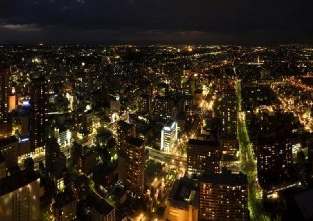 地上185mから浜松市内の夜景を一望! 夏季限定の夜間特別営業