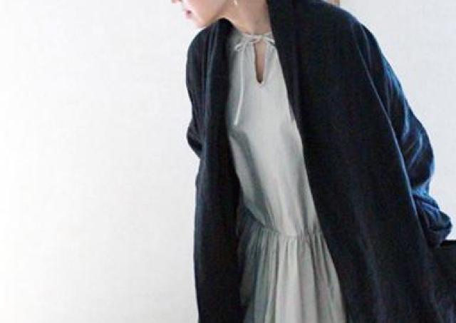天然素材の風合いに優しさや温もりが感じられる「AN Linen『きぬがわあゆみの大人服』展」