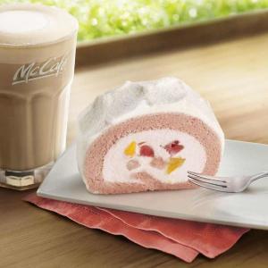 マックカフェで本格スイーツを。320円の「いちご&もも贅沢ロールケーキ」デビュー!