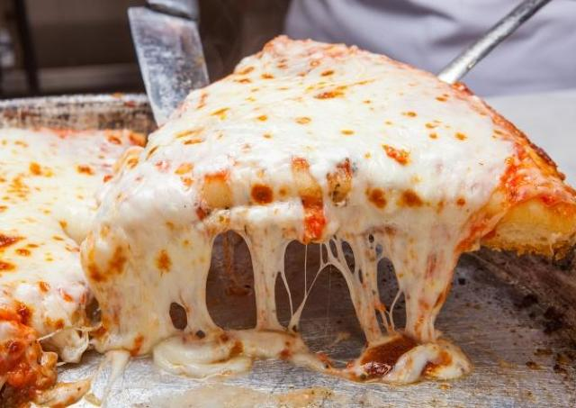 マルゲリータが1ピース500円! SPONTINIで「ピザの日」イベント