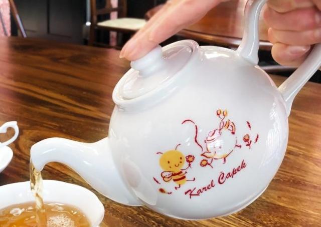 【紅茶好き必見】カレルチャペックの福袋は、倍額相当の超充実袋です。