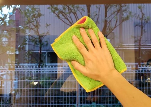 プロも愛用の100均お掃除アイテム 「乾拭きするだけで輝きが違ってきます!」