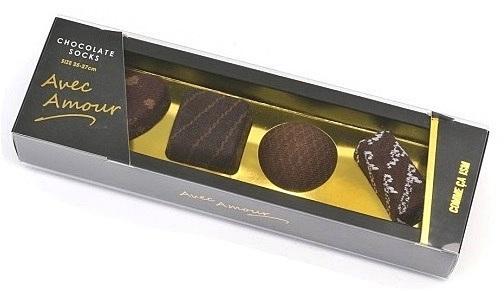 え?これチョコじゃないの? クオリティがすごすぎるチョコ柄ソックス。