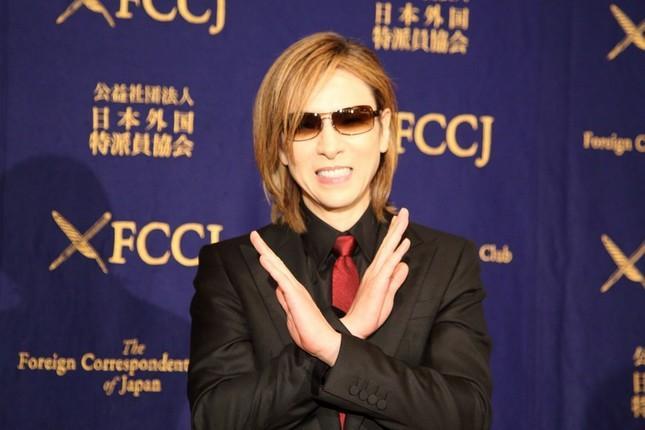 【朗報】秒で完売したYOSHIKI様の「えびせん」、受注再開するよ〜。