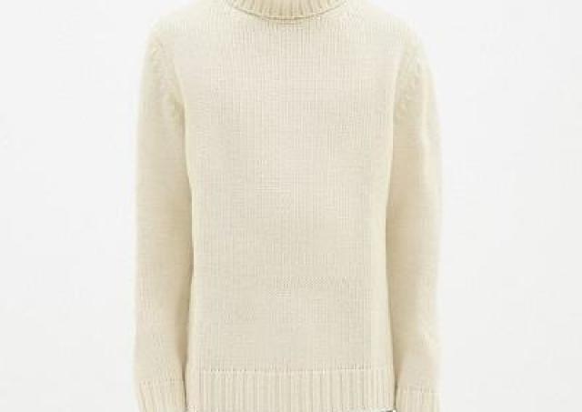 「高見え」「ざっくり感がかわいい」 今、女性におすすめしたいGUのメンズセーターがこれ。