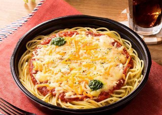 チーズ好きさんへ拡散希望。 ファミマの「マルゲリータ風パスタ」、もう食べた?