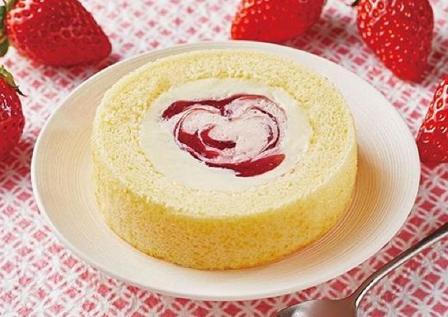ローソンと八天堂に感謝。コラボロールケーキのカスタードが「やたら美味しい」