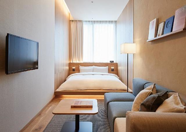 日本初、無印のホテルが銀座にオープン 1年中いつでも同じ価格で泊まれるよ。